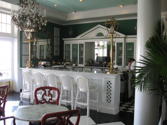 The Geranium Bar is right outside the main dining room and a great place to have a before dinner cocktail.