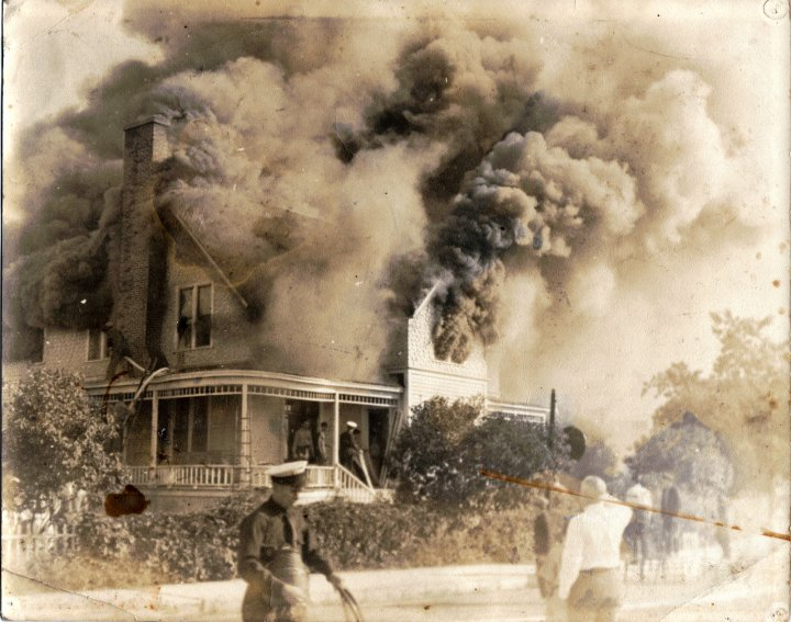 House Burns On Mackinac Island