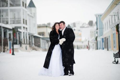 And speaking of Nicole, she and Andrew celebrated their 2nd wedding anniversary this week.  This photo is from their wedding day - a gorgeous, snow-covered Island made the perfect background for a wedding.