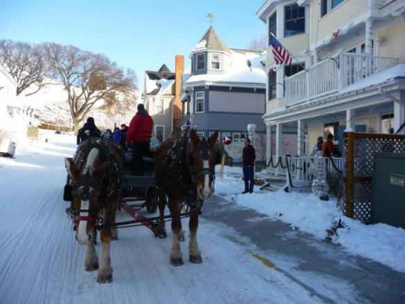 Some Cottage Inn visitors enjoyed a snowy hayride this week!  (Photo: Cottage Inn)