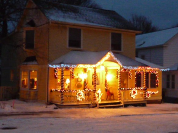 Mayor Doud's brightly lit home on Cadotte.  (Photo: Cottage Inn)