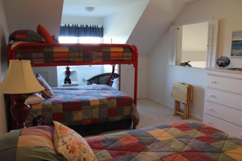 Third floor bedroom 2