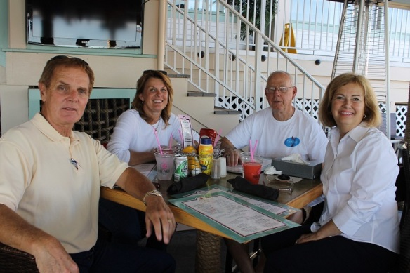 Lunch Wednesday on the outside deck of the Pony with Terry and Sue.  What awesome weather we're still having!