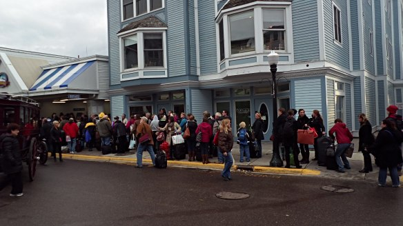 The line at Shepler's this morning.  3,000 runners came to the Island, and now they all have to go home!