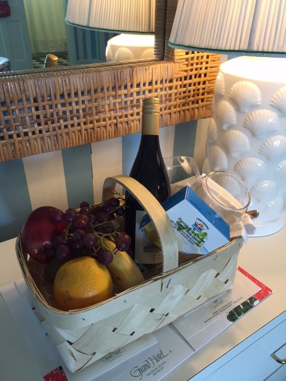 . . . and a gift basket of wine, wine glasses, fruit, cheese and crackers - compliments of the Musser family.  Talk about making a girl feel special!