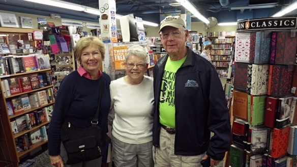 We ran into Mary Lou Peters, my favorite watercolor artist, in the Island Bookstore this afternoon. Love this lady!