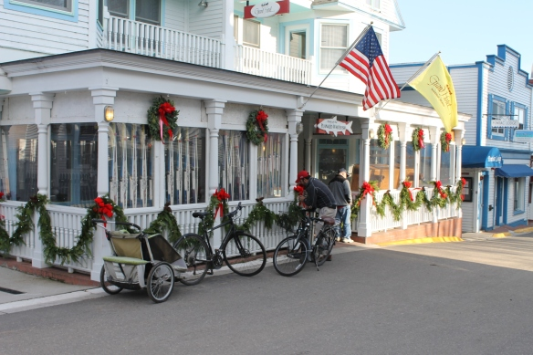 We had a late lunch at the Village Inn, where they were putting the finishing touches on the Christmas lights.