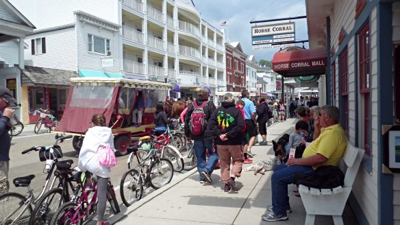 A busy summer day on Main Street! (Photo: Jill Sawatzki)