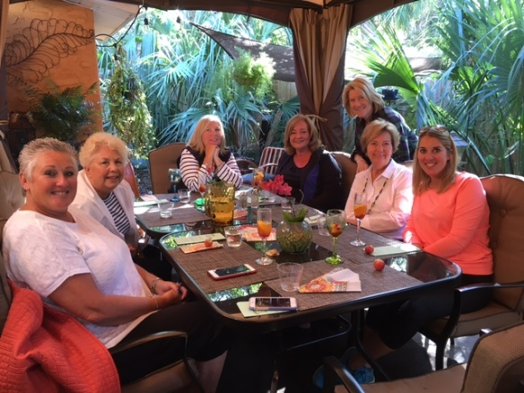 It was even nice enough to some of the Sunset Inlet ladies to eat outside at a great little restaurant we discovered recently - Hammock Organic Café and Boutique. Can't beat getting to eat and shop in the same place! Yummy!